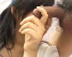【手コキ】顔出しは絶っっっっ対にNGのというJDが最終的に手にした顔隠しアイテムwwww