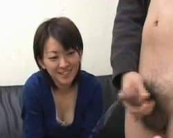 【センズリ鑑賞】「折角だからちゃんと見よう!」以前から興味のあった男のセンズリを射精するまでガン見するOL
