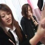 【手コキ】高校の同級生だというJD二人組が見知らぬ男のチンポで手コキデビュー