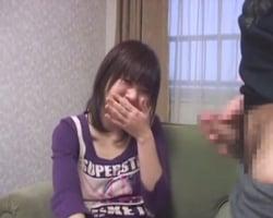 【センズリ鑑賞】恥ずかしそうにセンズリを見ていた21歳マ●ク店員のお嬢さんが次第にチンポに魅了されていくまでの一部始終