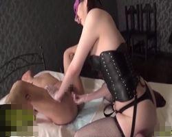 現役のM性感嬢による前立腺責めにヒクついて喜ぶM男 松島ナミ