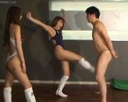 【金蹴り】「オ、オナシャースッ!!」一発千円!手持ちの金を全部払ってでも蹴られたい!美女の金蹴りに病みつきになったM男