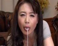 【フェラ抜き】「大丈夫よ、娘に言わなければ分からないわ♡」娘の彼氏を寝取る母 三浦恵理子