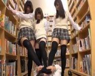 【集団痴女】図書館で女子校生のパンチラに見とれてた結果www