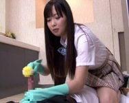 【チンポ凌辱】『チンポ臭っせぇんだよ!』ガチ切れ女子校生に掃除用具でチンポを雑にシゴかれる!屈辱的なのに激しい勃起が収まらない!【罵倒】