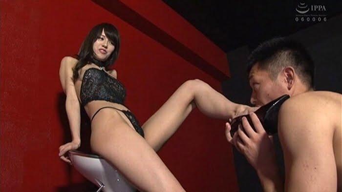 足コキ&亀頭責めで足フェチⅯ男を男の潮吹きさせる熟女 武藤あやか その11