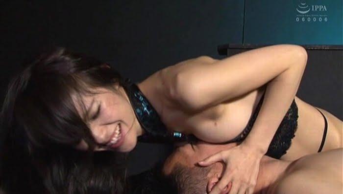 足コキ&亀頭責めで足フェチⅯ男を男の潮吹きさせる熟女 武藤あやか その15